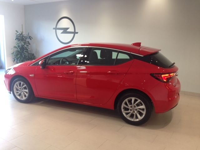 Opel Astra Dynamics 1.4T 125cv Gasolina KM0 por 16300€*