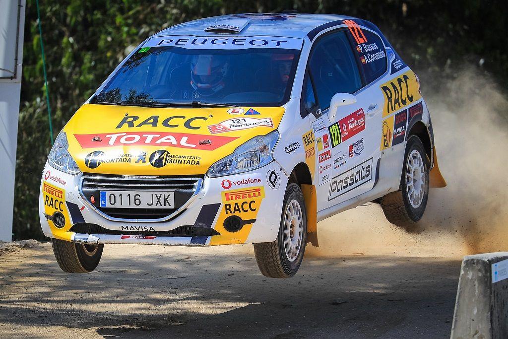 Josep Bassas hace historia como vencedor de la carrera inaugural