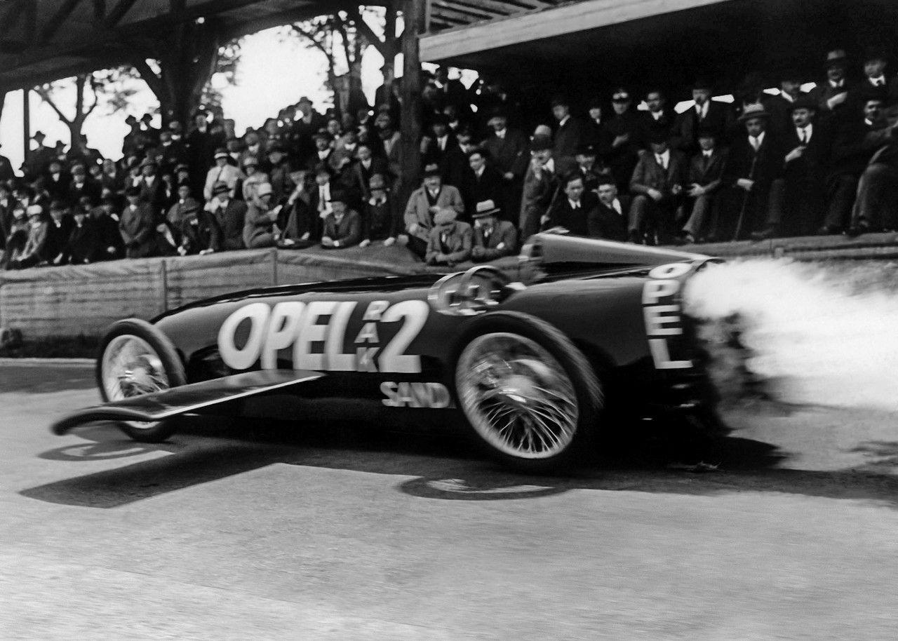Hace 90 años: Opel impresionó en la era de los cohetes