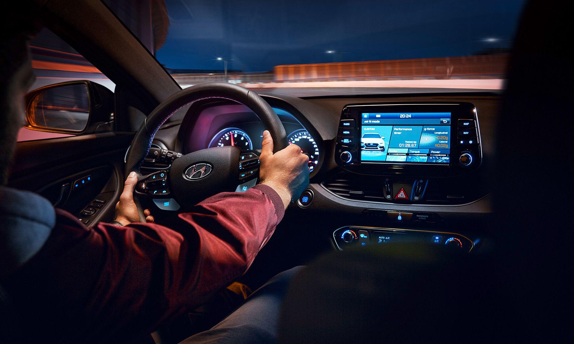 Vive la experiéncia única de probar un Hyundai en tu concesionario Augusta Car