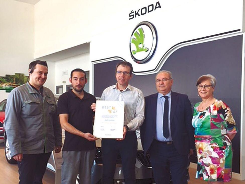 Auto FFAM recibe el certificado BEST OF 2017 por su calidad y servicio Posventa