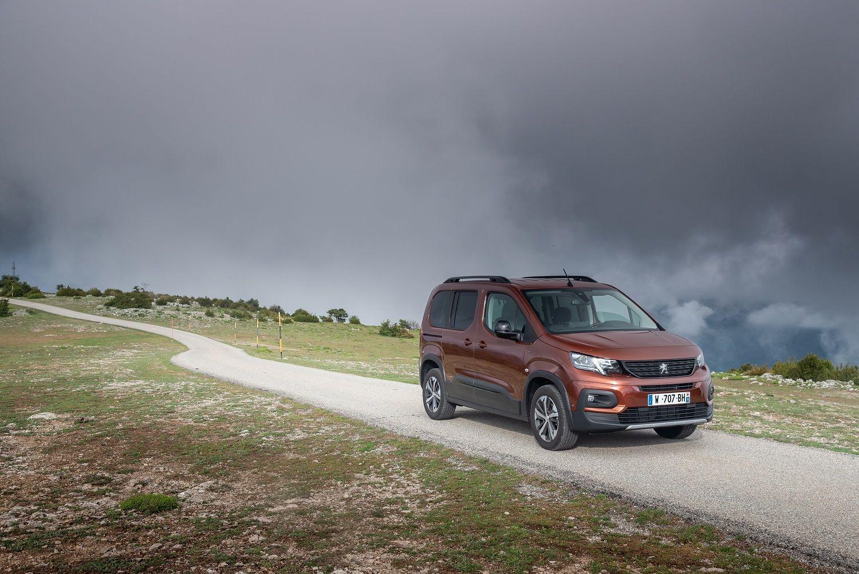 Nuevo Peugeot Rifter: Fiabilidad y elegancia para todos los usos y terrenos