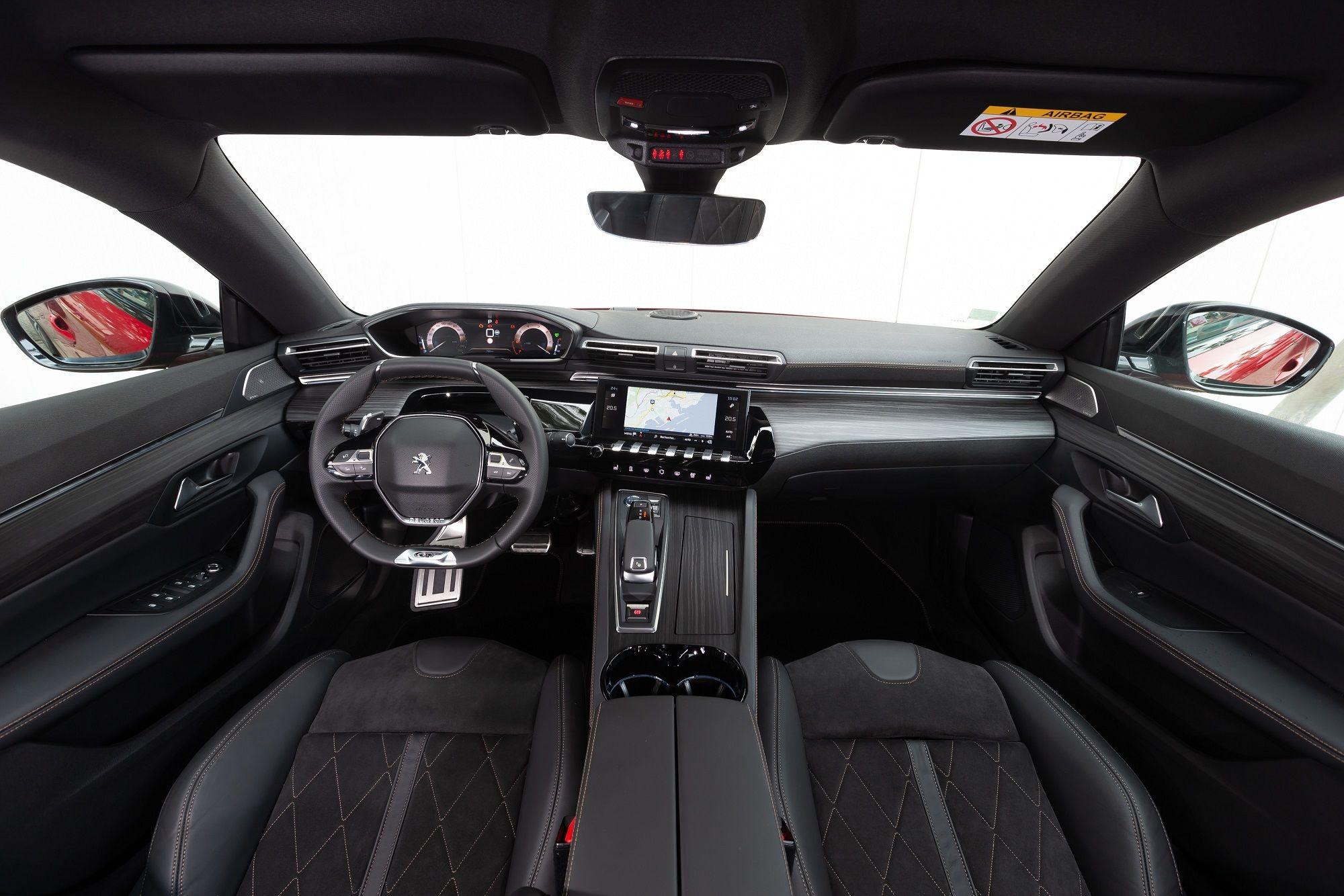 El Nuevo Peugeot 508 estimula los sentidos con su puesto de conducción i-Cockpit® Amplify