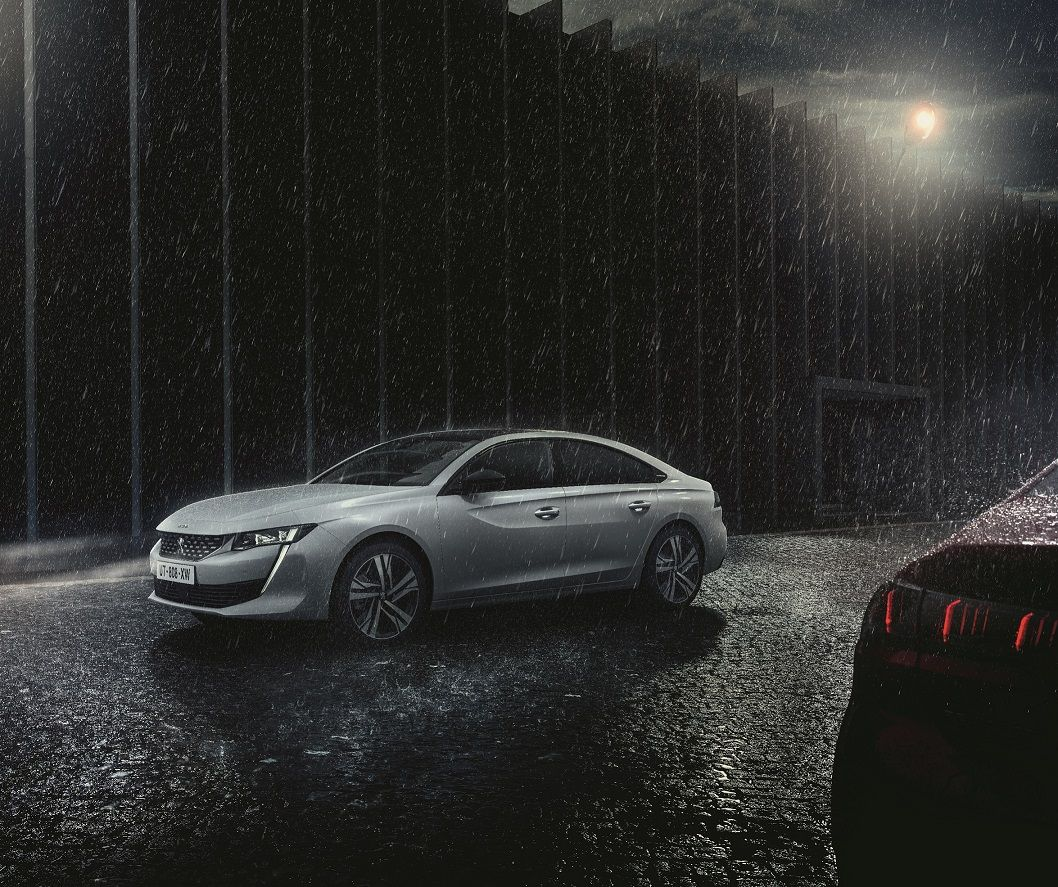 Full Park Assist: Peugeot pone el estacionamiento perfecto al alcance de todos