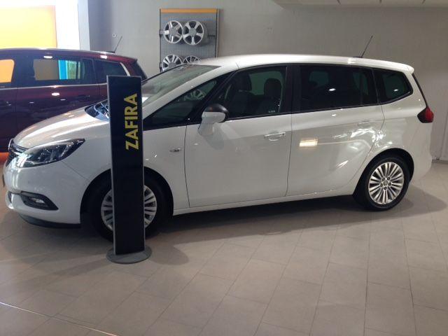 Opel Zafira Family 1.4 T140cv gasolina de KM0 por 19900€*