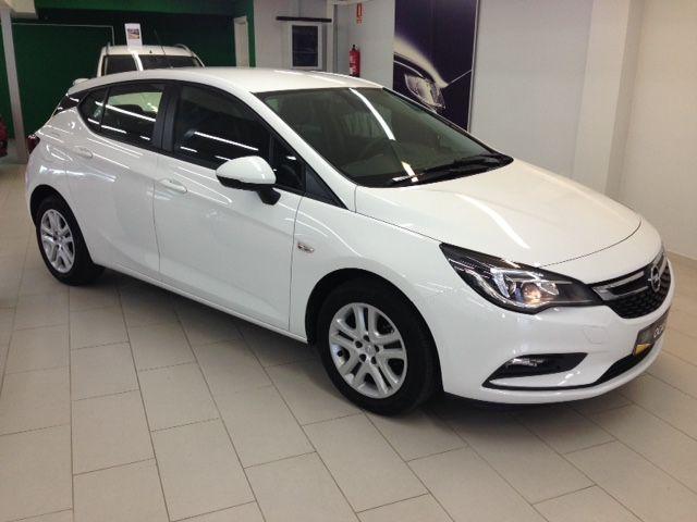 Opel Astra Bussiness 1.6 cdti 110cv Diesel con 10000 kms por 14300€*