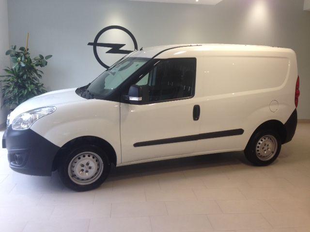 Opel Combo Cargo 1.3 cdti 95cv diesel de KM0. por 12700€*
