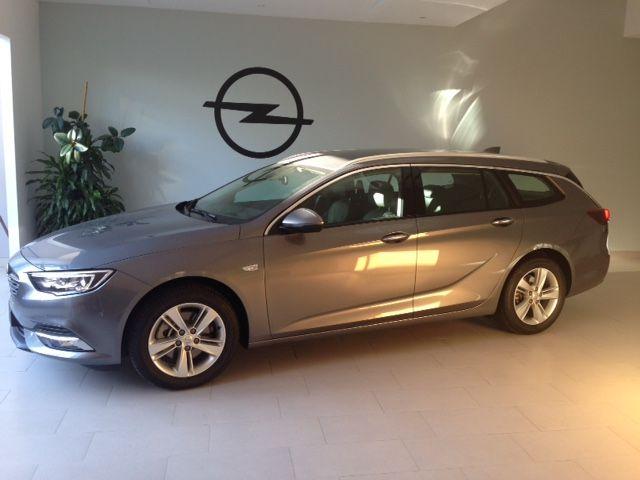 Nuevo Opel Insignia Grand Sport Tourer 2.0 diesel 170cv KM0 por 26900€*