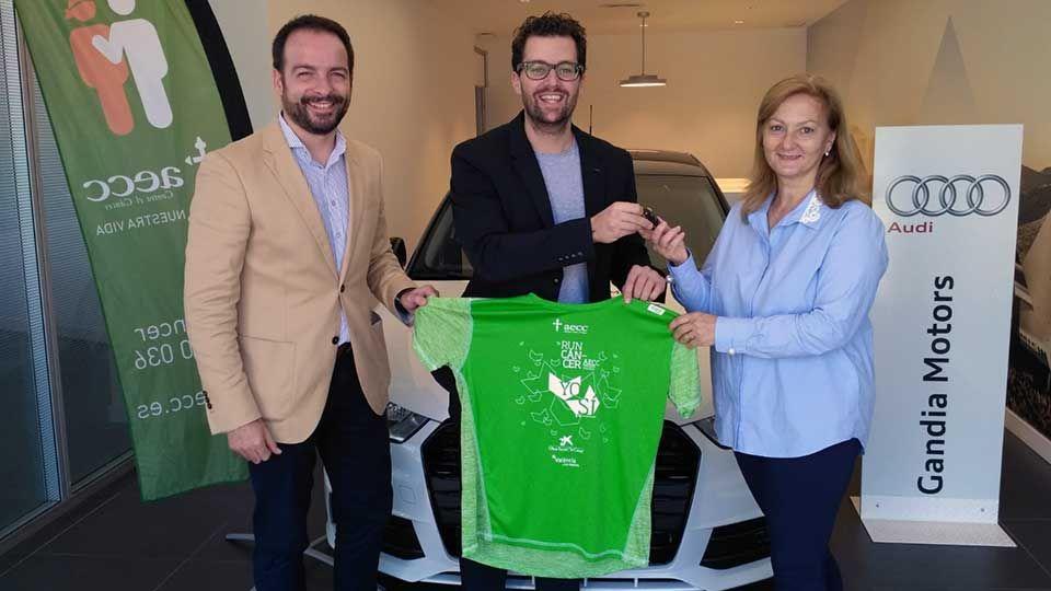 Gandia Motors cede un Audi A1 a la Asociación Contra el Cáncer de Gandía