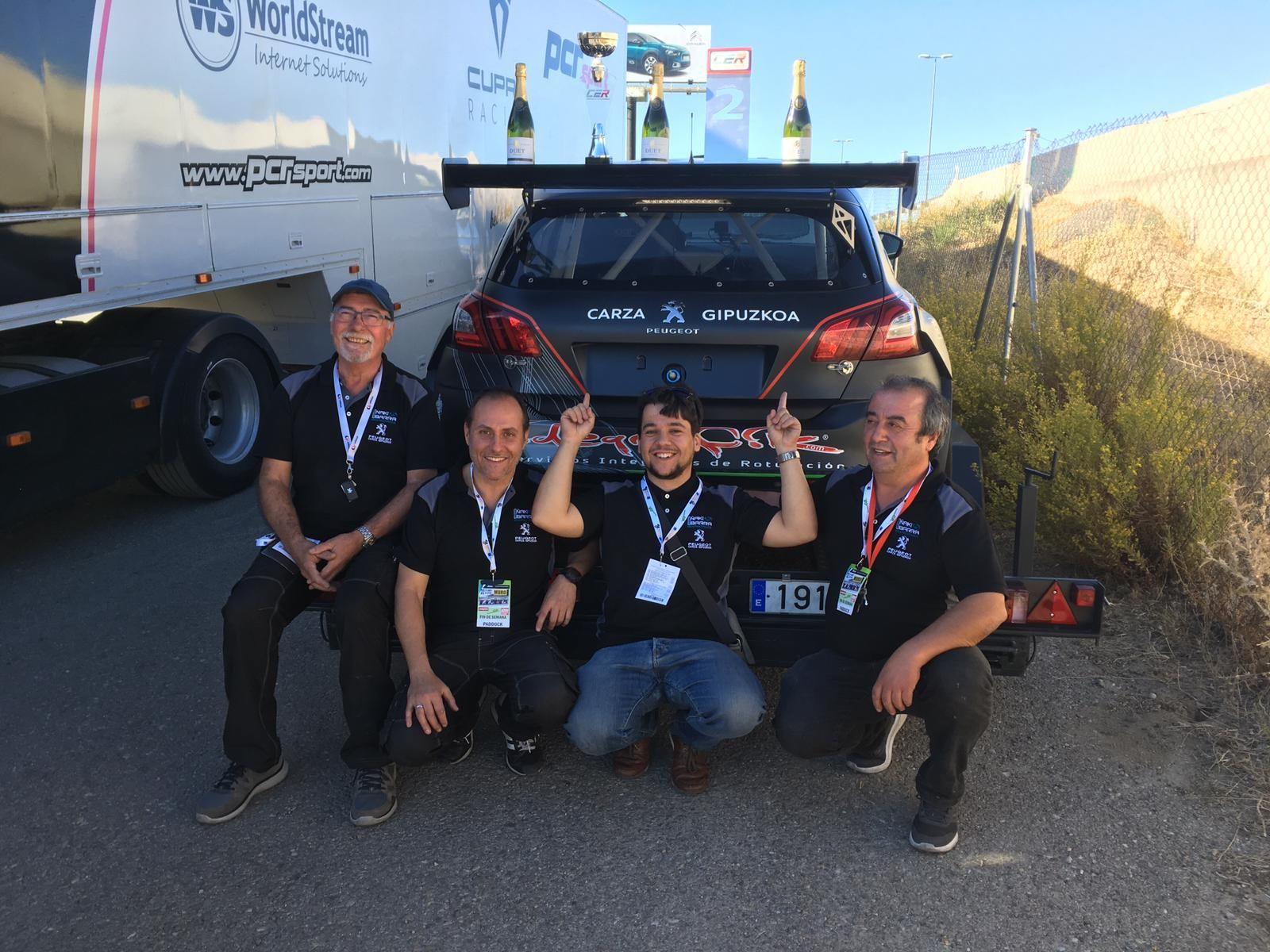 Nuestro piloto Andoni Parrón, Campeón de España en D2