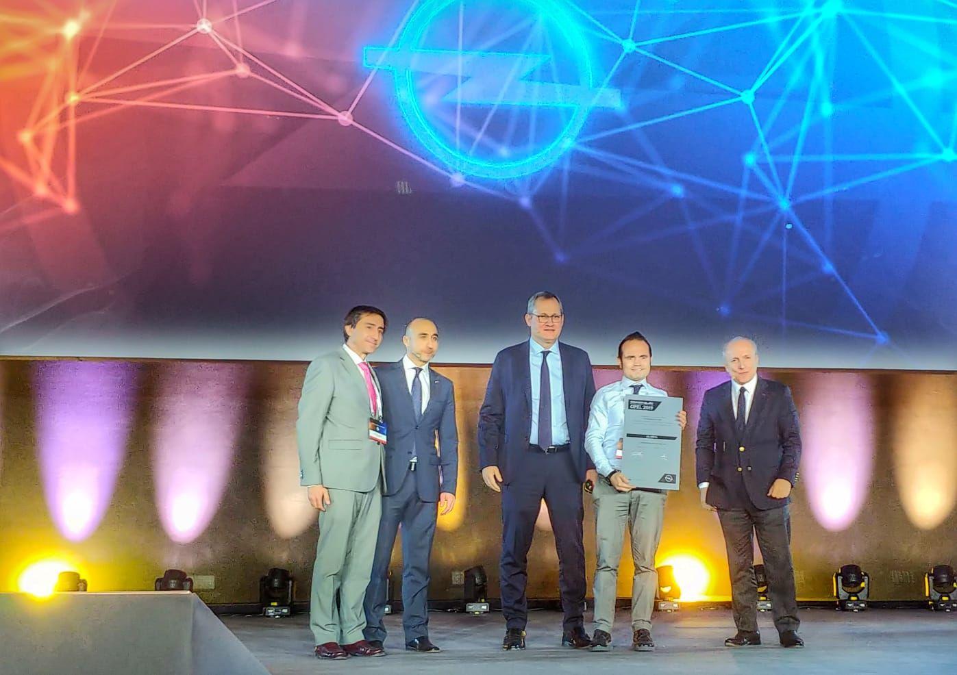 Asmóvil vuelve a ser reconocido como Reparador del Año en España