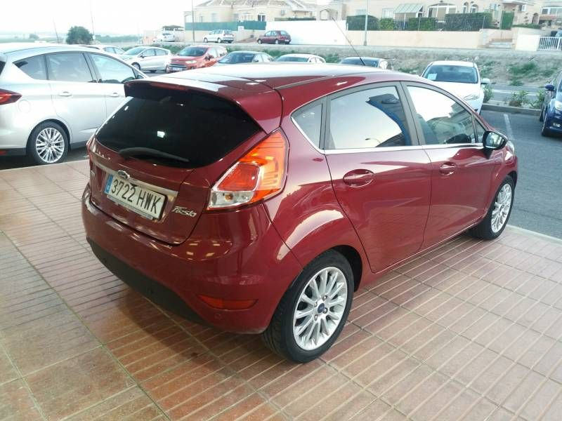 The best 4 offers of Ford Fiesta in used vehicles in Alicante