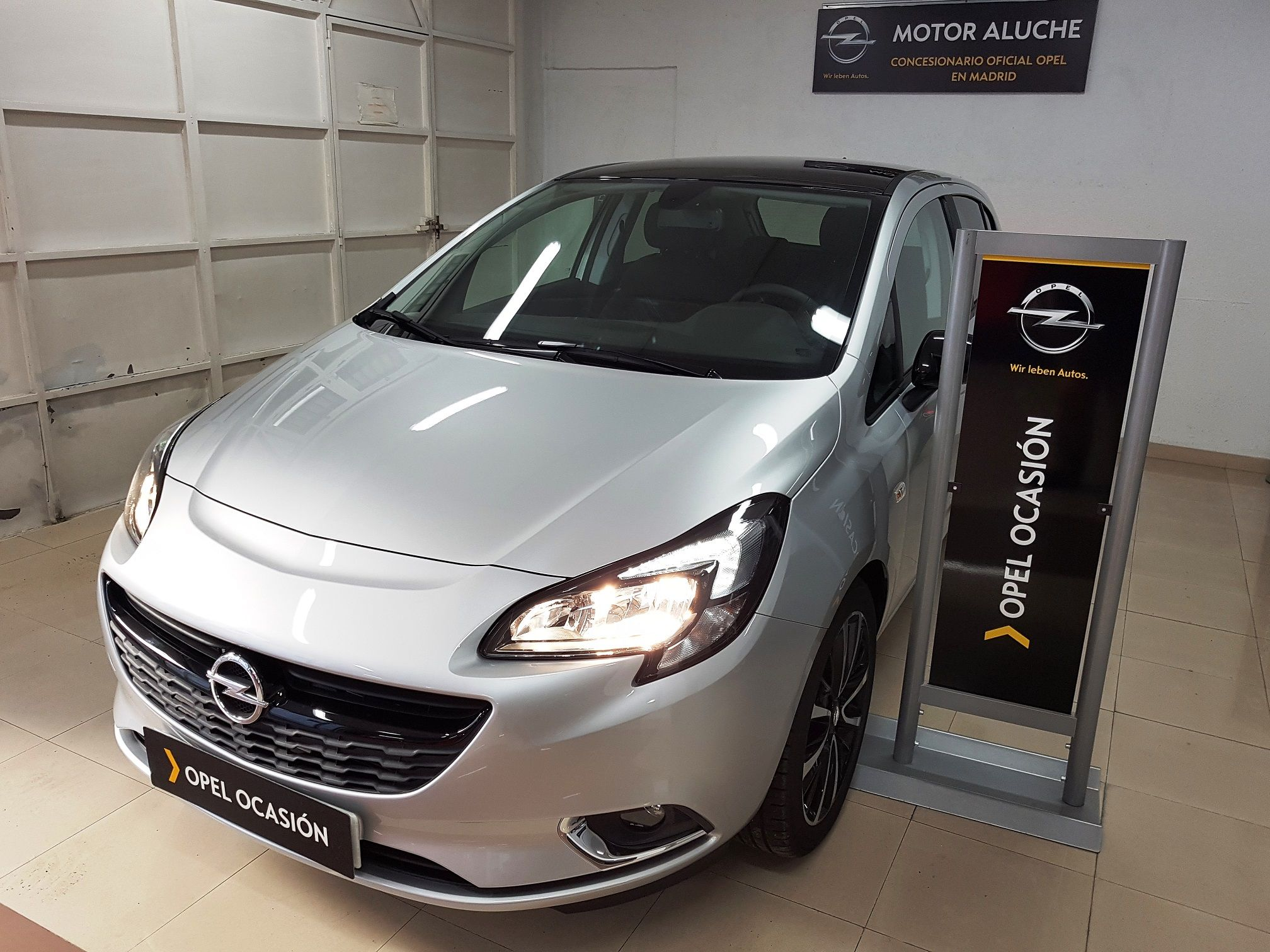 Opel Corsa 5P Design Line 1.4 (90CV) desde 11.975€