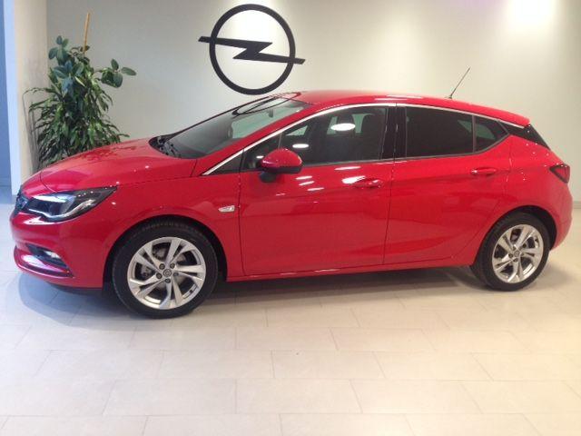 Opel Astra Dynamics 1.4T125cv Gasolina de KM0 por 15900€*