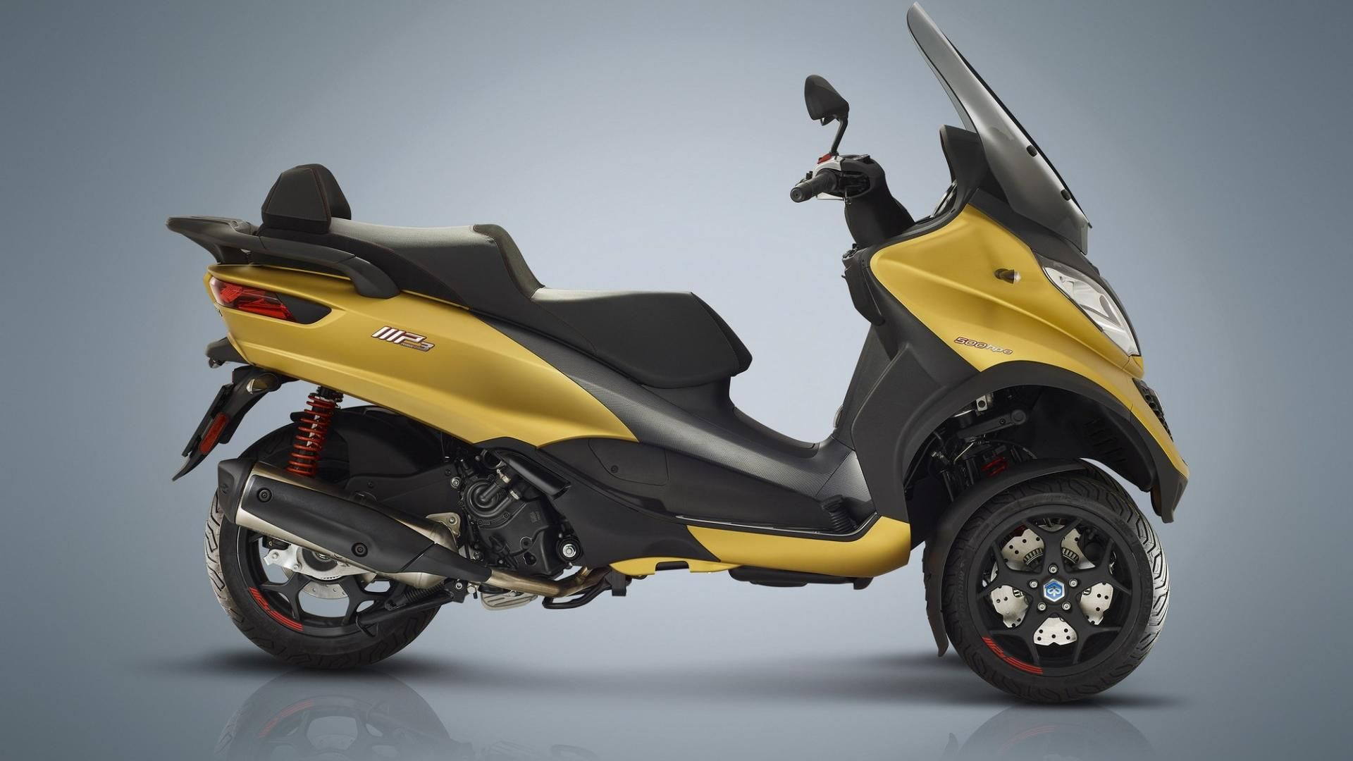 Nuevo Piaggio MP3 500 LT HPE Sport Advanced con marcha atrás