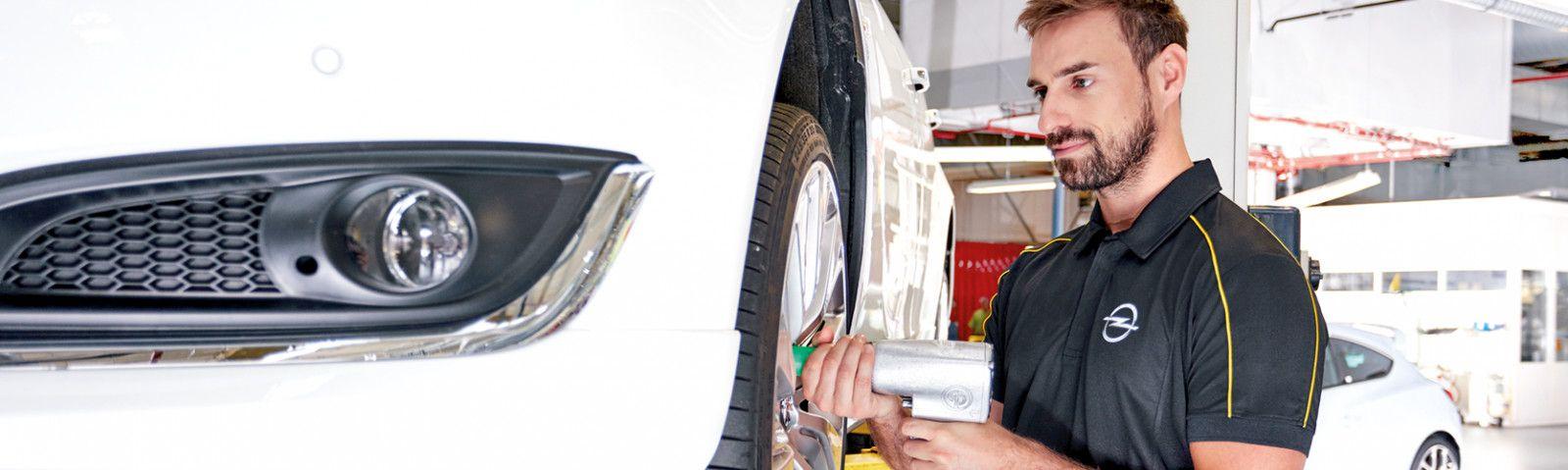 Cambie sus 4 neumáticos llévese 25€ de combustible gratis.