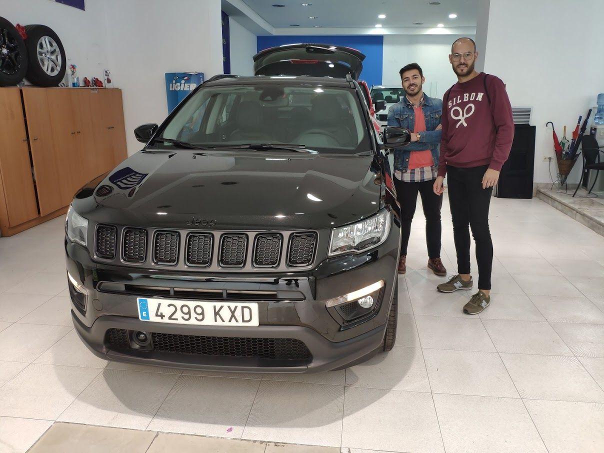 Entrega de un Jeep Compass a Miguel de Catarroja