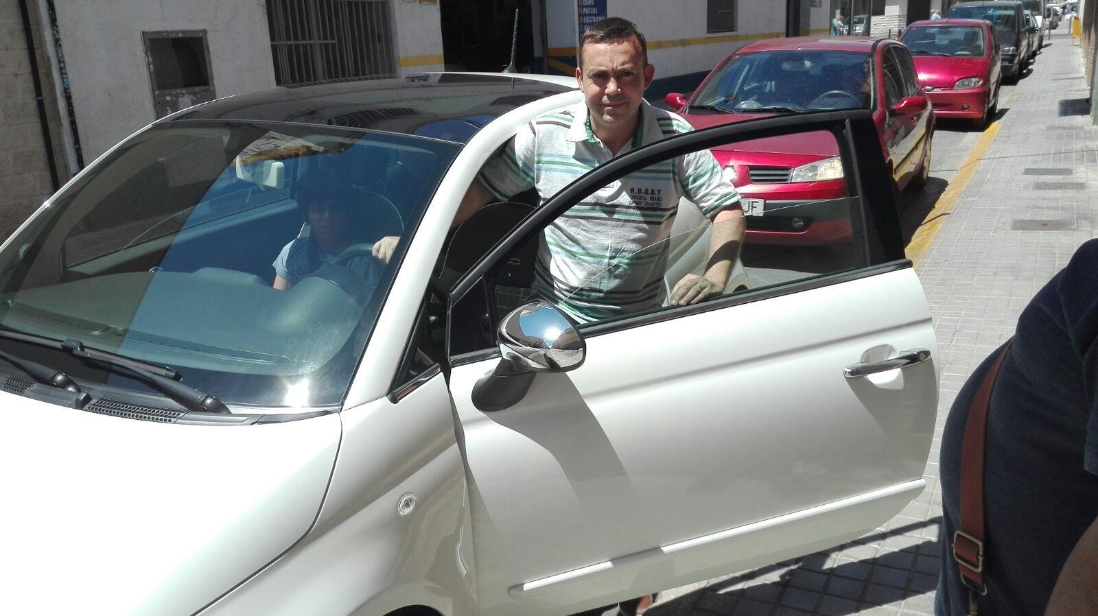 Entrega a Oscar un Fiat 500 en Valencia
