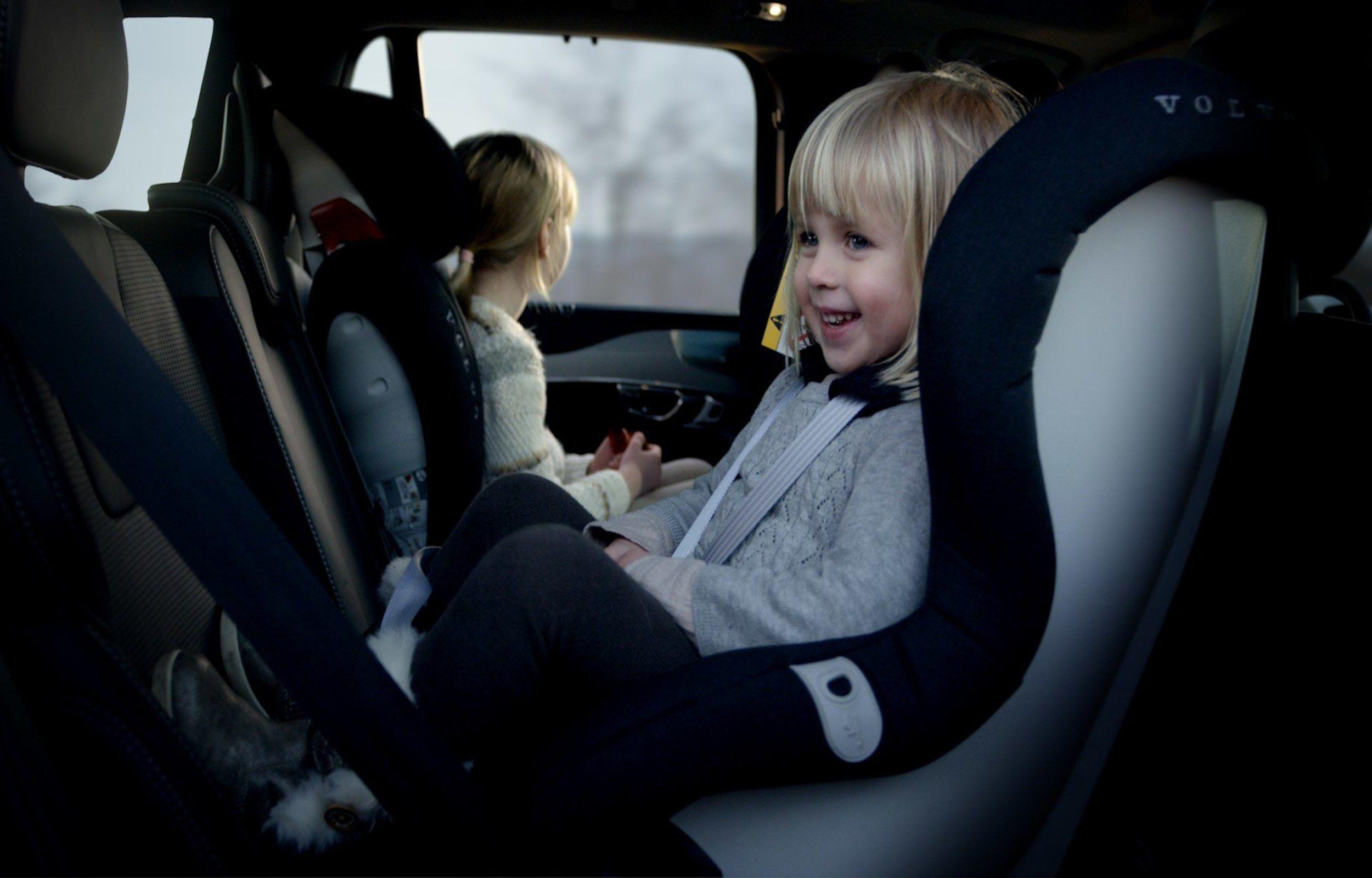 ¿Cómo elegir la silla más adecuada para nuestros hijos?
