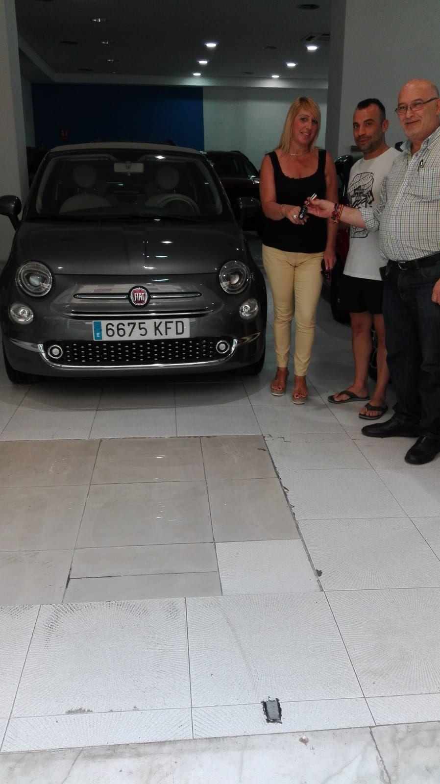 Milautomóviles entrega a Asunción un Fiat 500