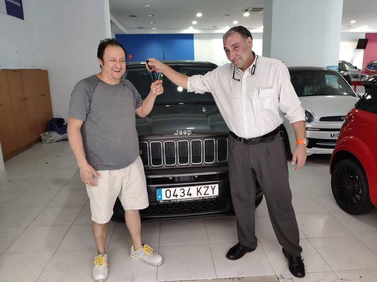 Milautomóviles entrega a Italo un Jeep Renegade
