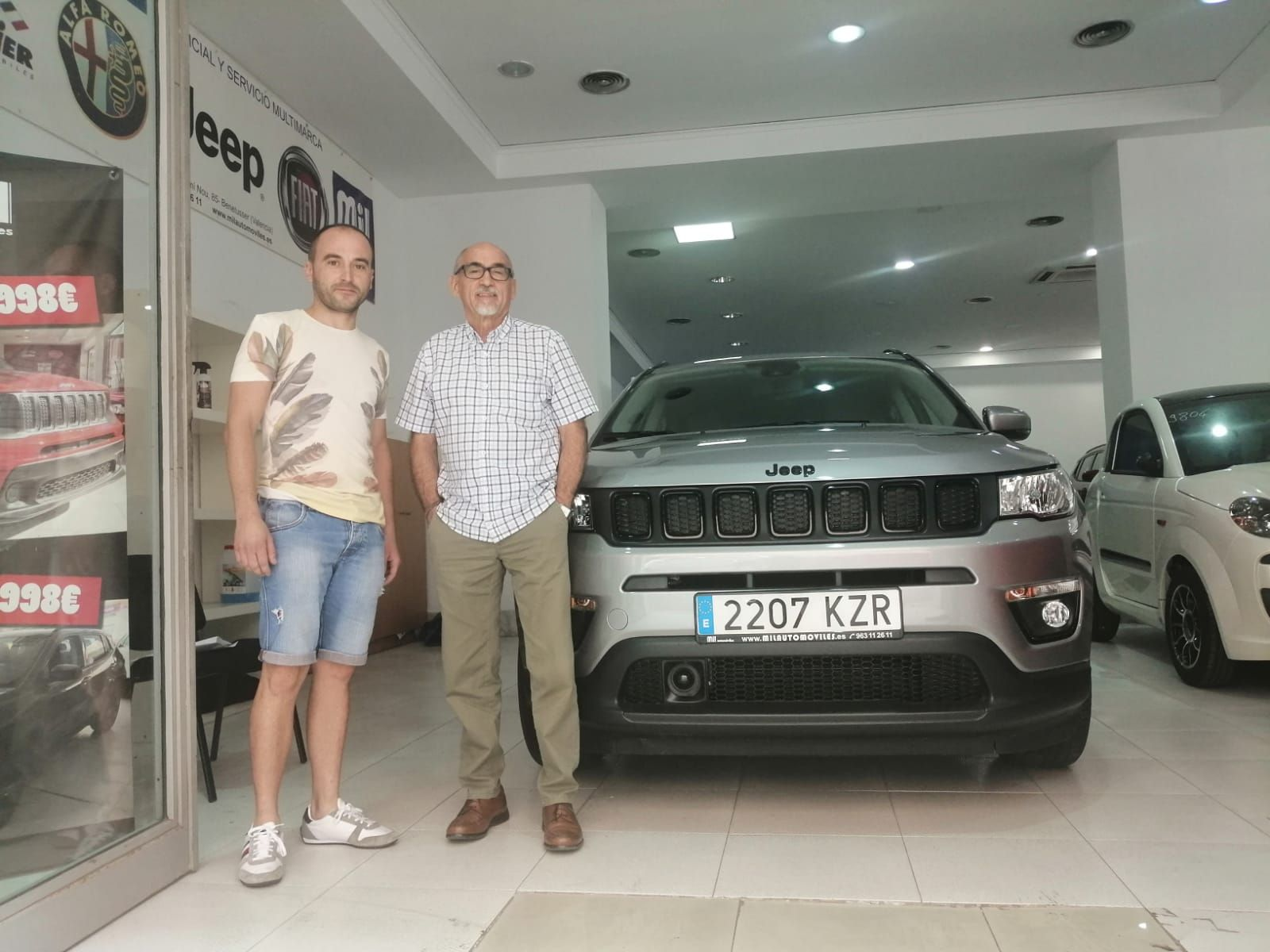 Milautomóviles entrega a José un Jeep Renegade