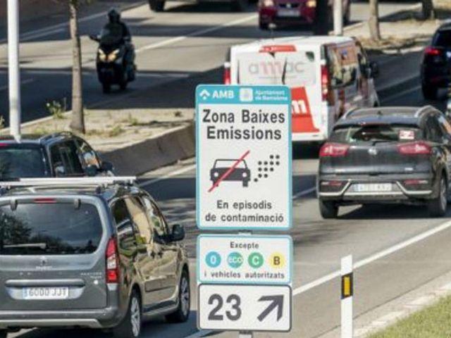 Zona de Bajas Emisiones de Barcelona: en 2020 comienzan las prohibiciones