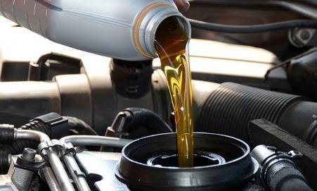 Con qué frecuencia se debe cambiar el aceite del motor