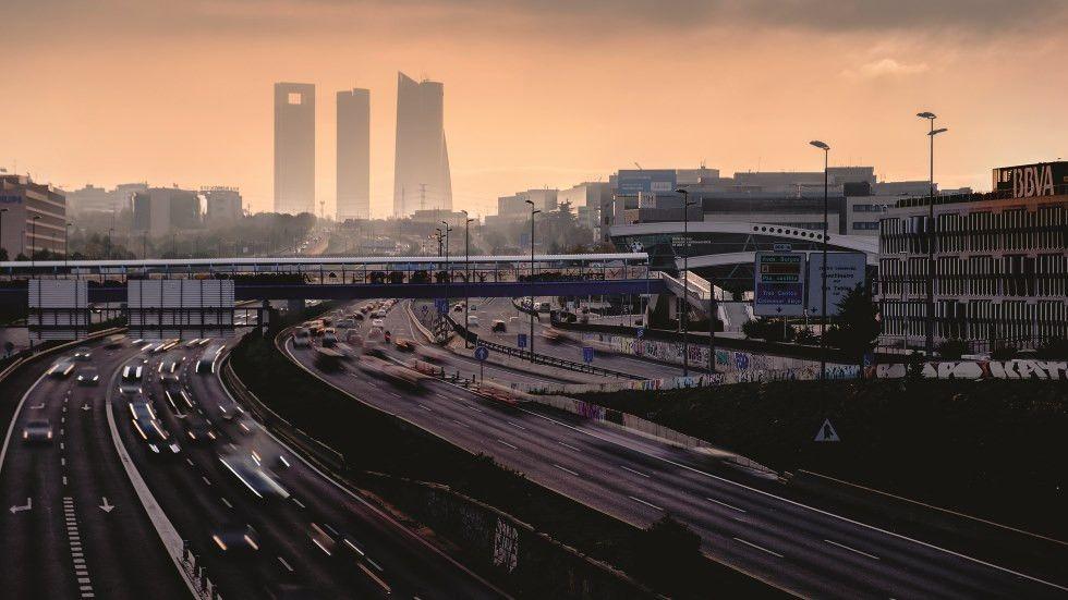 Los coches diésel y gasolina, ¿dejarán de venderse en la Unión Europea?
