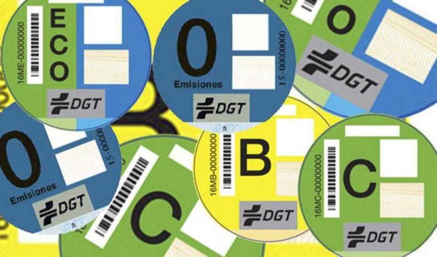 La DGT no tiene intención de cambiar las etiquetas medioambientales