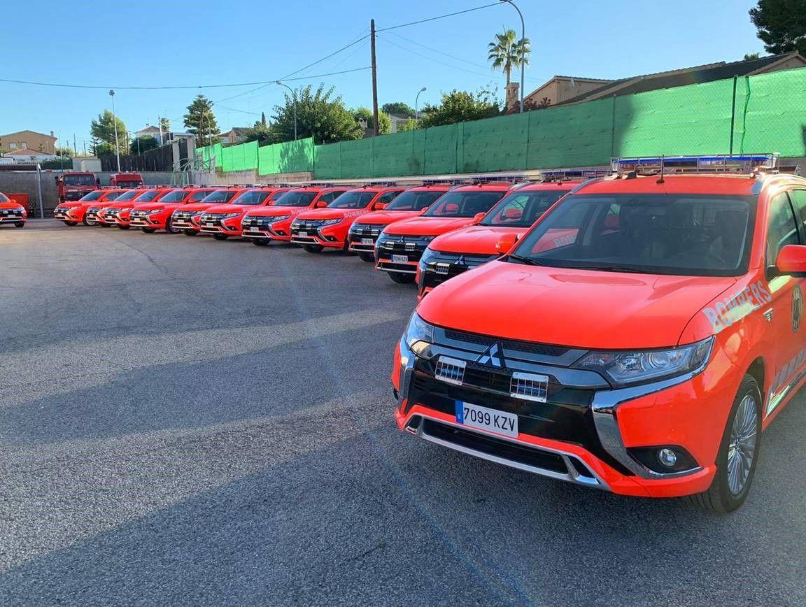 Los bomberos de la Comunidad Valenciana estrenan 14 Mitsubishi Outlander PHEV