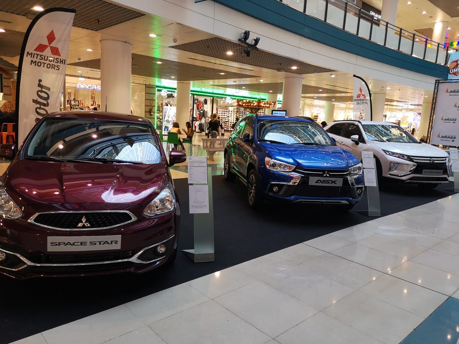 Asx, Eclipse Cross y Space Star en el Centro Comercial Añaza Carrefour