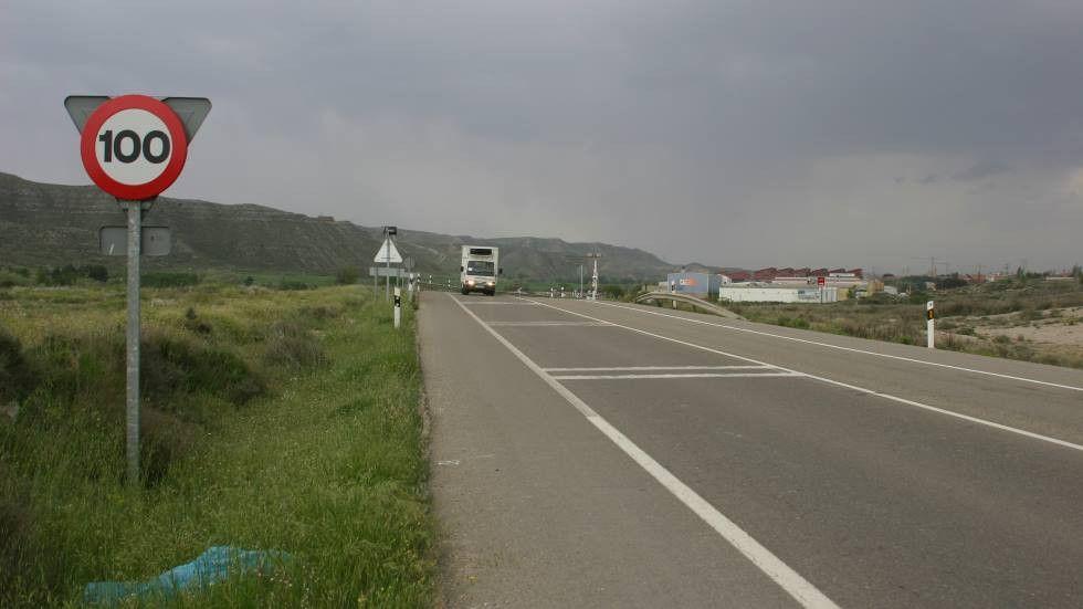 Nuevo límite a 100 km/h en autopistas y 234 € de multa para frenar la contaminación