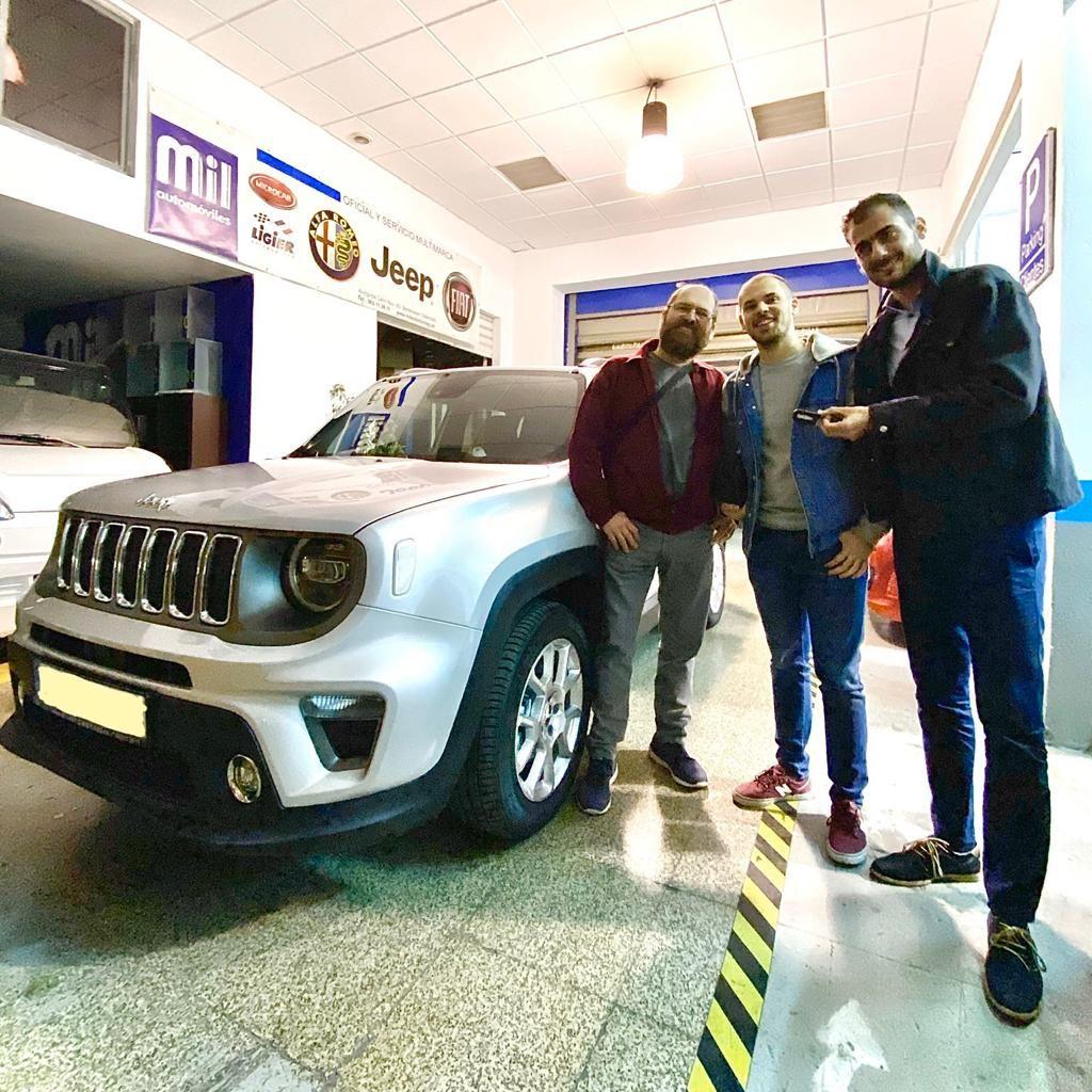 Milautomóviles entrega un Jeep Renegade Limited a José