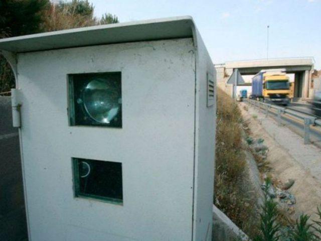 Un error de los radares ha generado miles de multas ilegales, según AEA