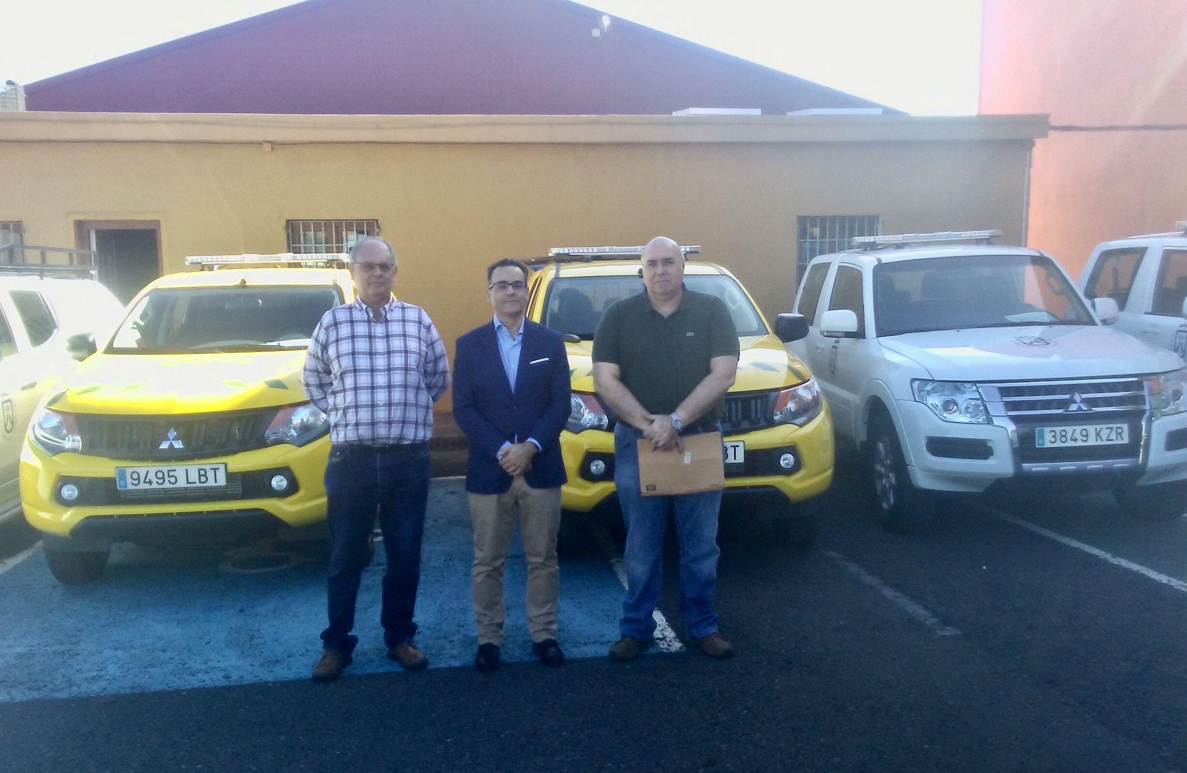 10 Mitsubishi forman parte del contingente de vehículos de los Servicios Administrativos de Emergencia y Medio Ambiente del Cabildo de Tenerife.