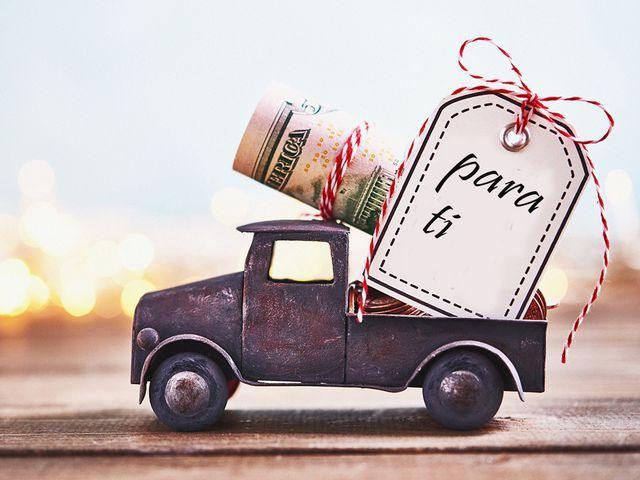 Milautomóviles te echa una mano; los mejores regalos de Navidad para amantes de los coches