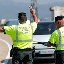 El PNV expulsa a la Guardia Civil de Tráfico de Navarra gracias al PSOE.