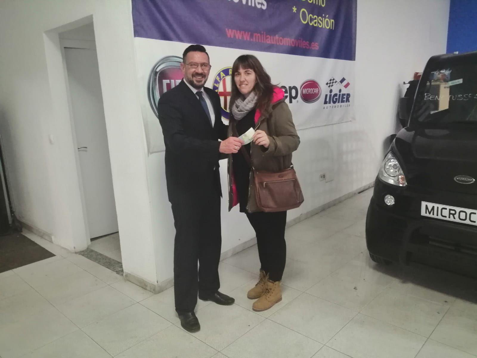 Milautomóviles entrega su premio a Desiré
