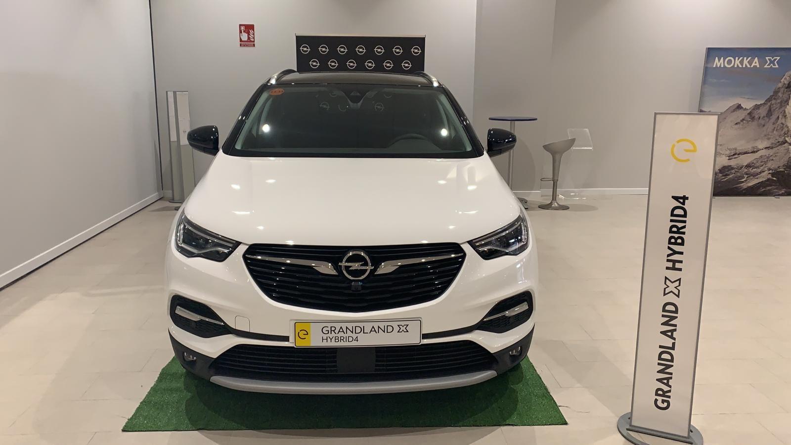 Ya tenemos en casa el nuevo Opel Grandland X Híbrido Enchufable