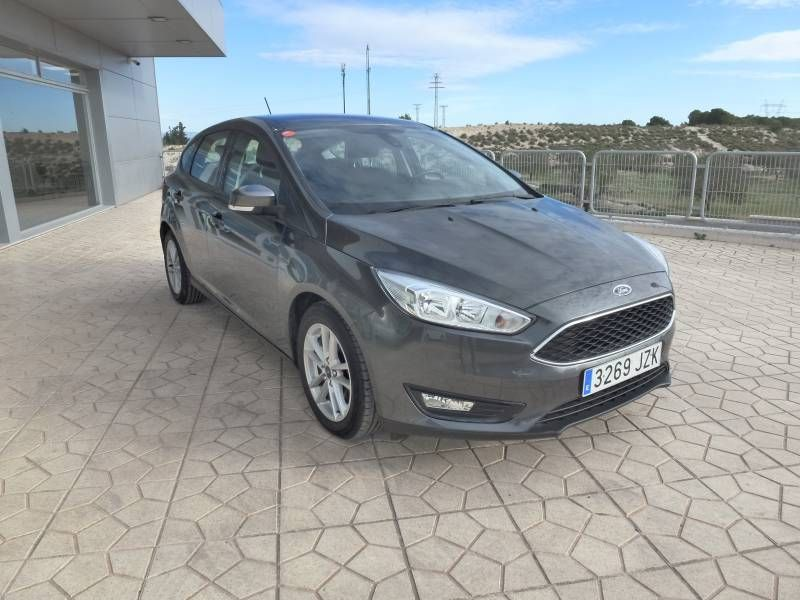 Pre-owned Ford Cars for less than 13.000€