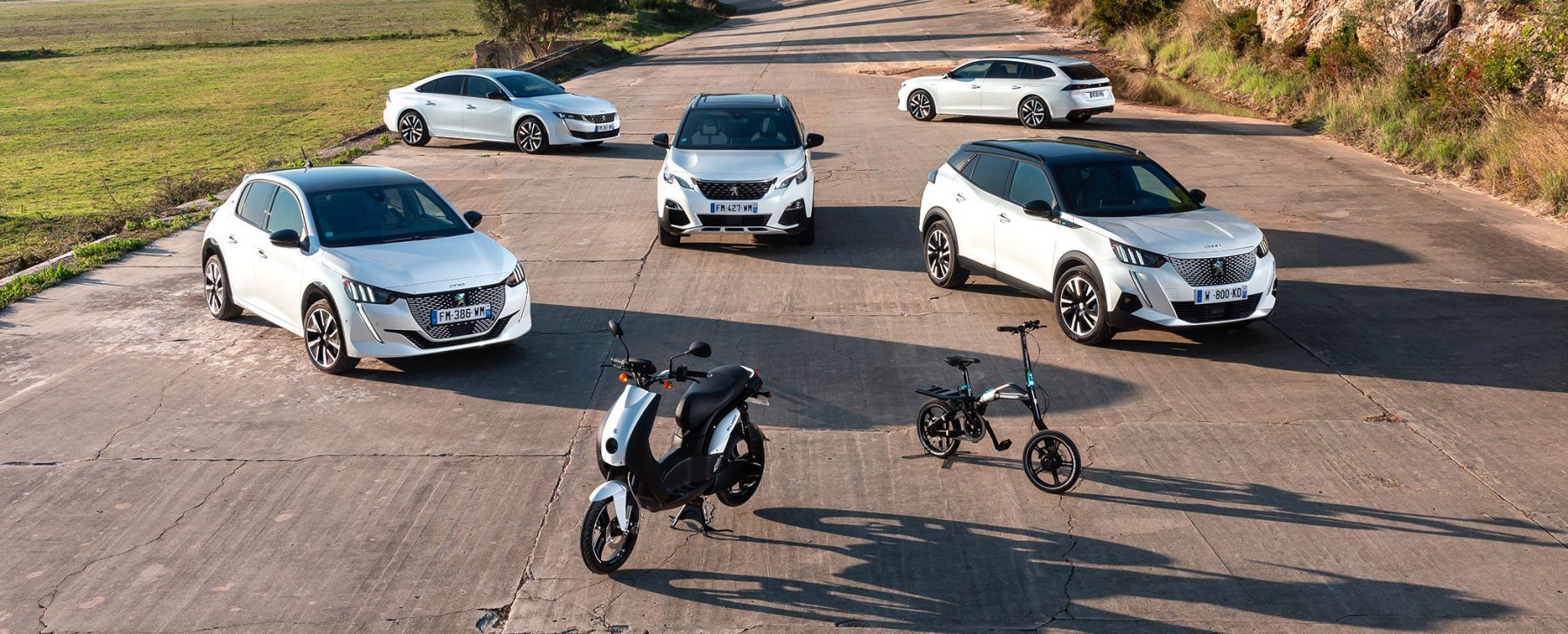 La gran ofensiva de Peugeot para obtener la etiqueta Cero de la DGT