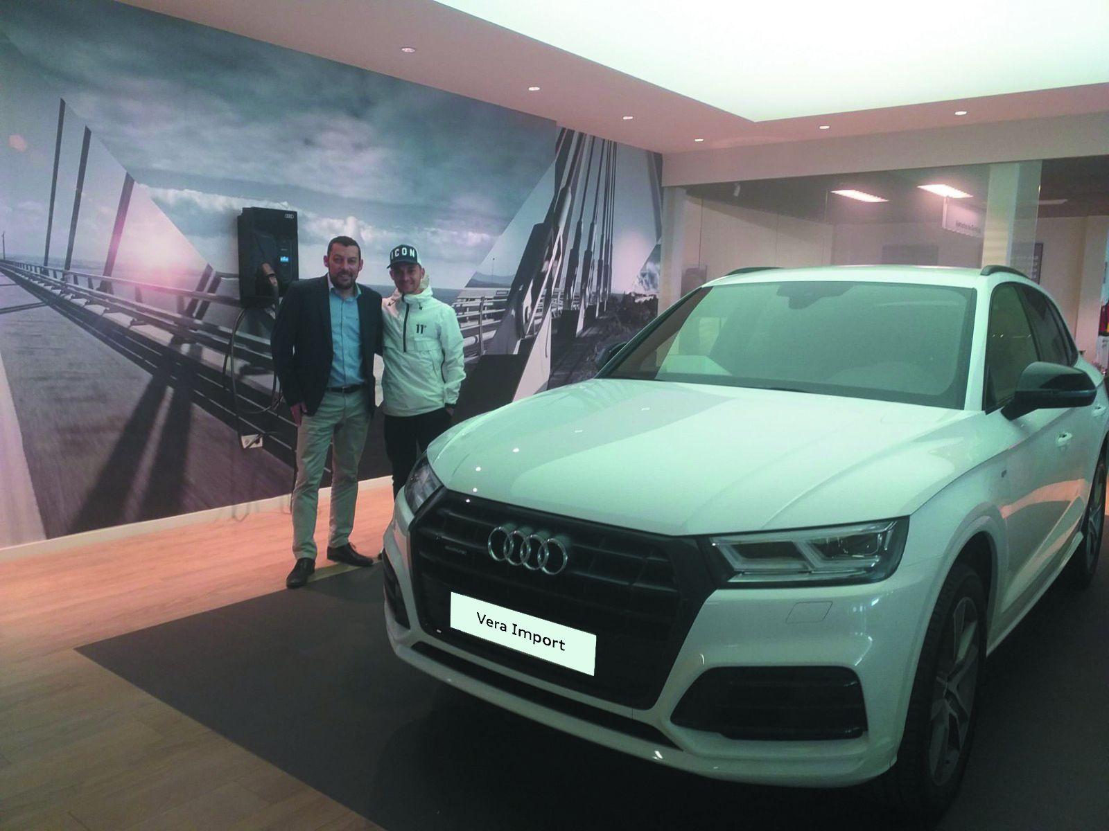 Fran Villalba recoge su Nuevo Audi Q5