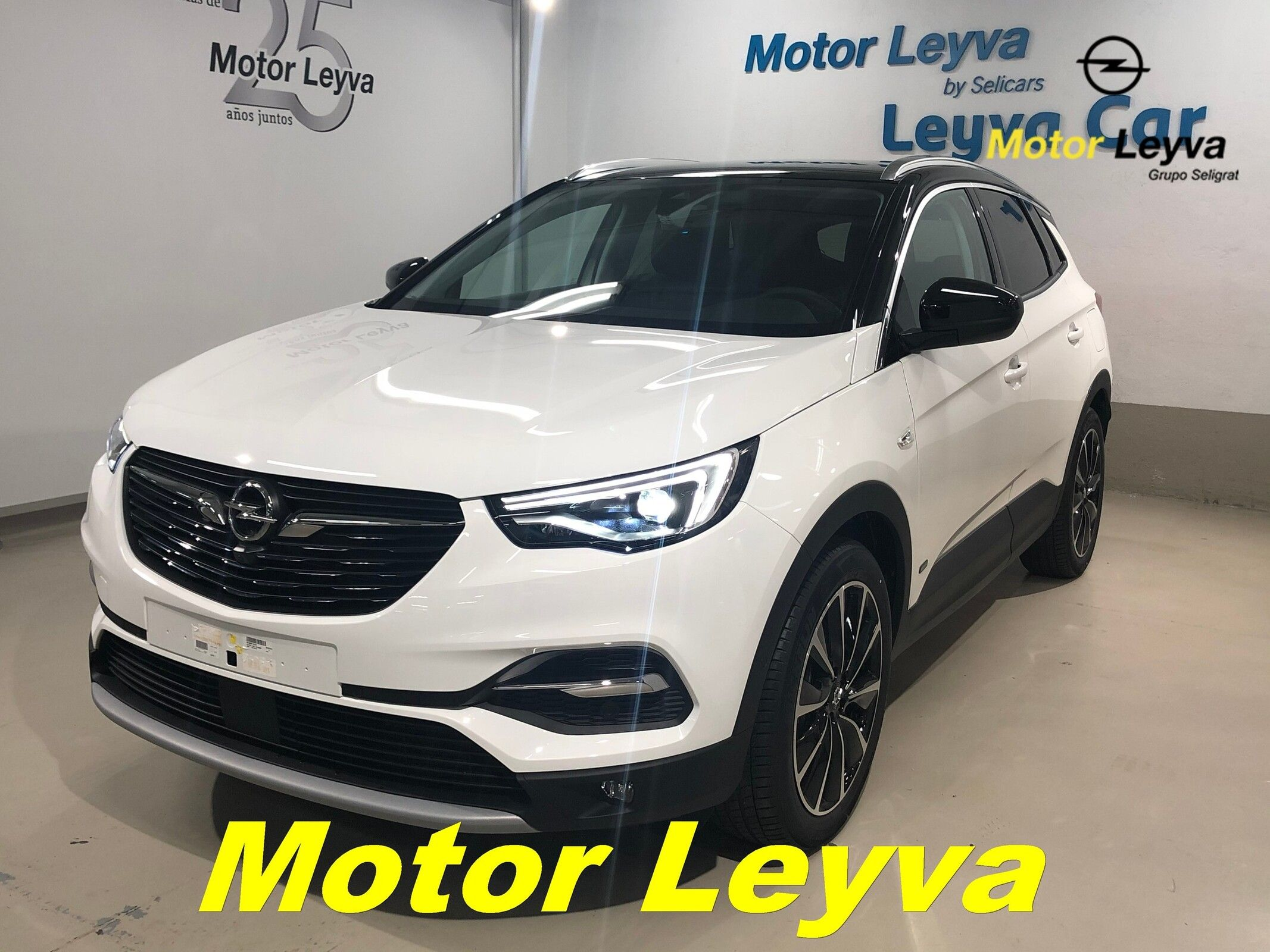 208,08€/MES OPEL GRANDLAND X PHEV ULTIMATE1.6T 221Kw (300cv) AT8 4x4